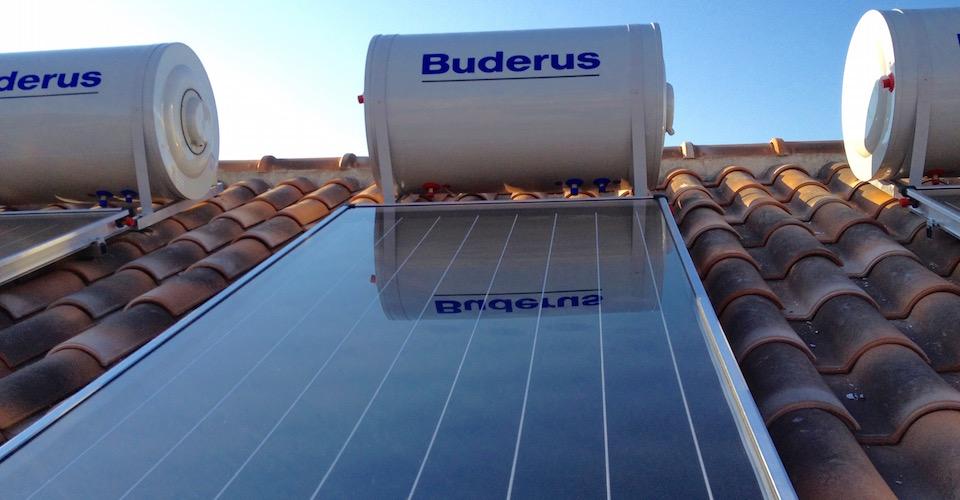 Nastasi Impianti Tecnologici - Pannelli Solari per acqua calda e riscaldamento